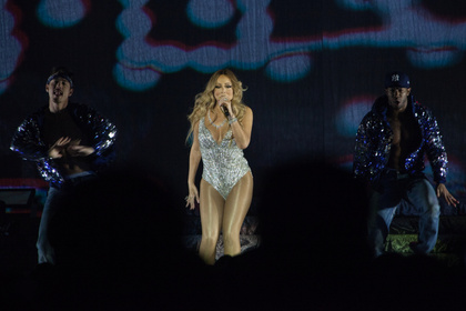 Getragen - Fotos: Mariah Carey live in der Lanxess Arena in Köln